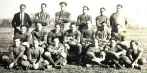 willowhillhsfootballteam1930sdav.jpg