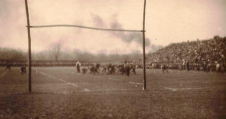 knoxvillestalbanfballgame1909dav.jpg